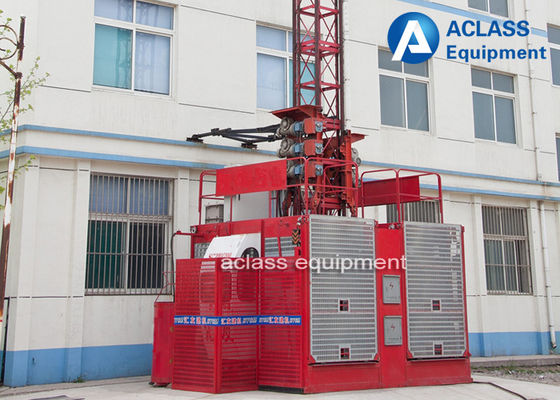 China Double Cage Construction Hoist Elevator , Building Material Hoist 33m/min distributor