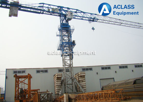 China Lifting Heavy Equipment Traveling Tower Crane With 10 ton Max. Load Capacity distributor