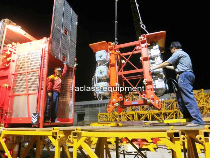 2 TonsTransmission Mechanism Building Material Lift For Construction 33 m/min
